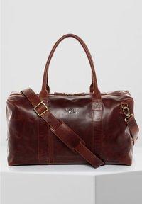 SID & VAIN - REISETASCHE - YALE ZIP - Weekend bag - braun-cognac - 1