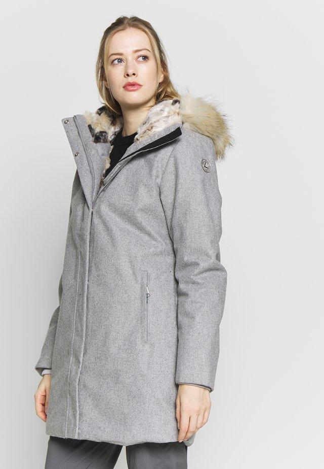 ISOKURIKKA  - Winterjas - light grey