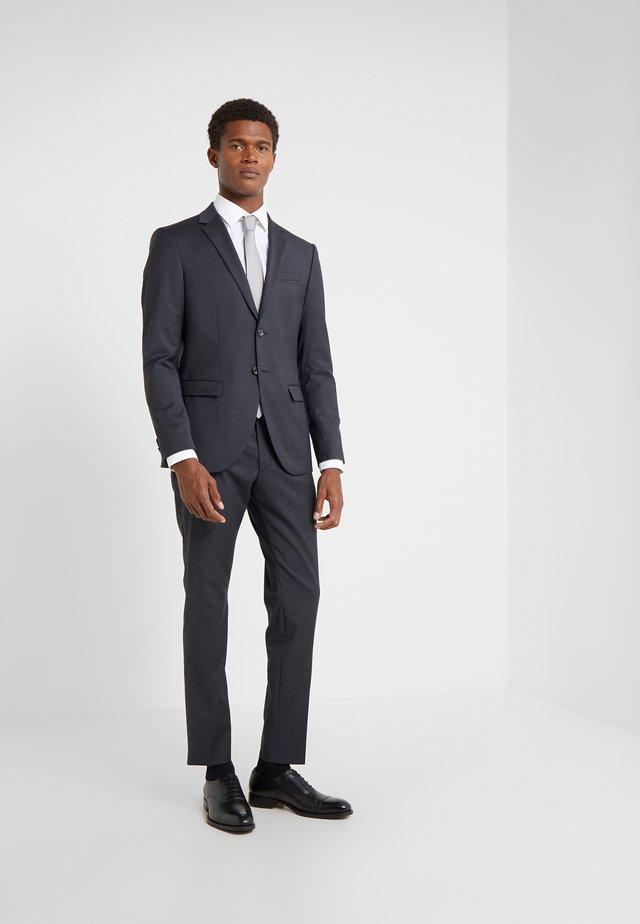 DAMON GUN  - Suit - black