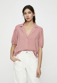PULL&BEAR - Button-down blouse - rose - 0