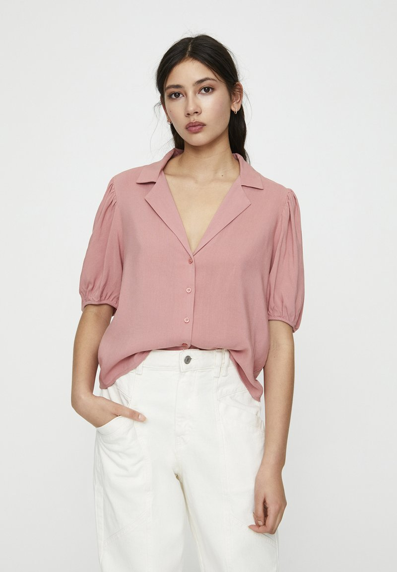 PULL&BEAR - Button-down blouse - rose