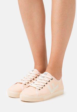 VEGAN RANCHO - Sneakersy niskie - nude/ivory
