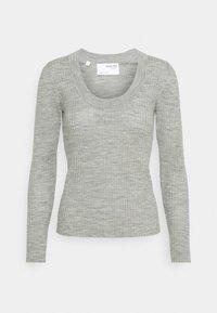 Selected Femme Petite - SLFCOSTA NEW DEEP UNECK - Neule - light grey melange - 4