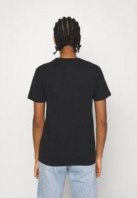 Ellesse - MIYANA - T-shirts basic - black - 2