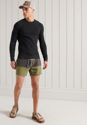 ACADEMY  - Stickad tröja - washed carbon black