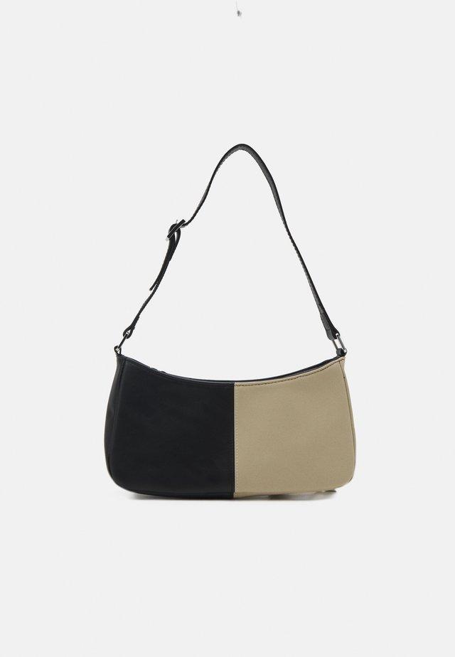 ODESSA BAG - Kabelka - black/beige