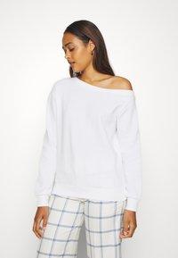 Even&Odd - LOOSE OFF SHOULDER SWEATSHIRT  - Sweatshirt - white - 0