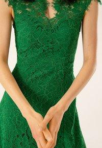 IVY & OAK - FLARED DRESS CAP SLEEVE - Occasion wear - secret garden green - 6