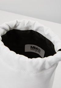 MM6 Maison Margiela - BORSA TRACOLLA - Across body bag - white - 2