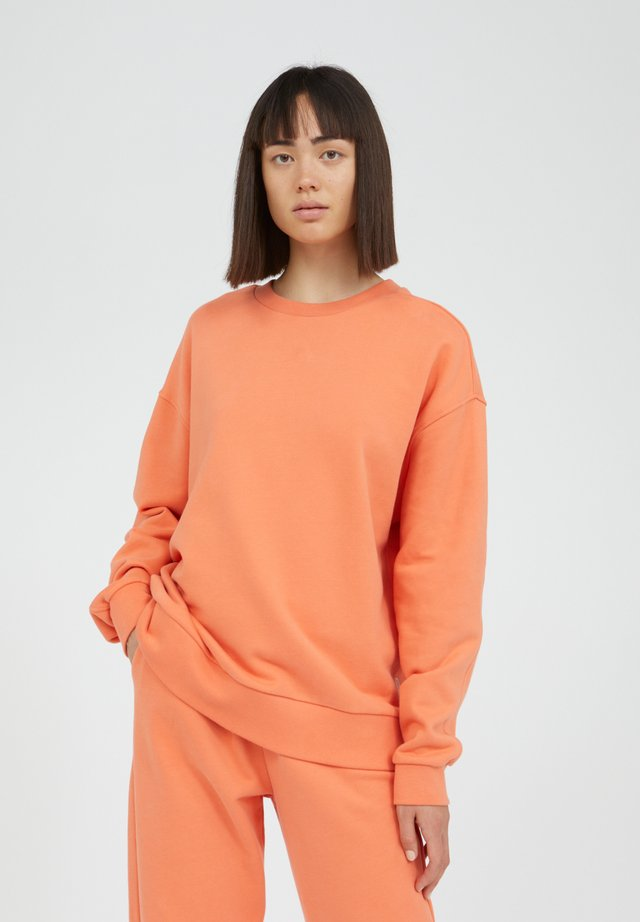 AARIN - Sweater - orange