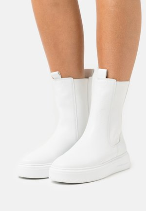 PRO - Platform ankle boots - weiß
