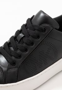 MICHAEL Michael Kors - KIRBY LACE UP - Trainers - black - 2