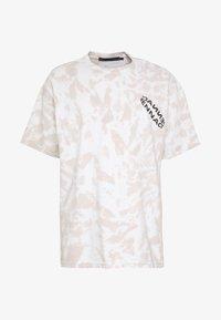Mennace - ROTATION BACK TIE DYE - T-shirt con stampa - biege - 4