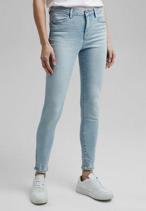MIT ORGANIC COTTON - Slim fit jeans - blue bleached