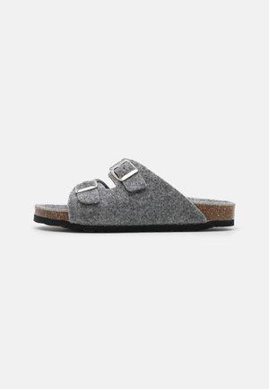 BIACARIS  - Domácí obuv - dark grey