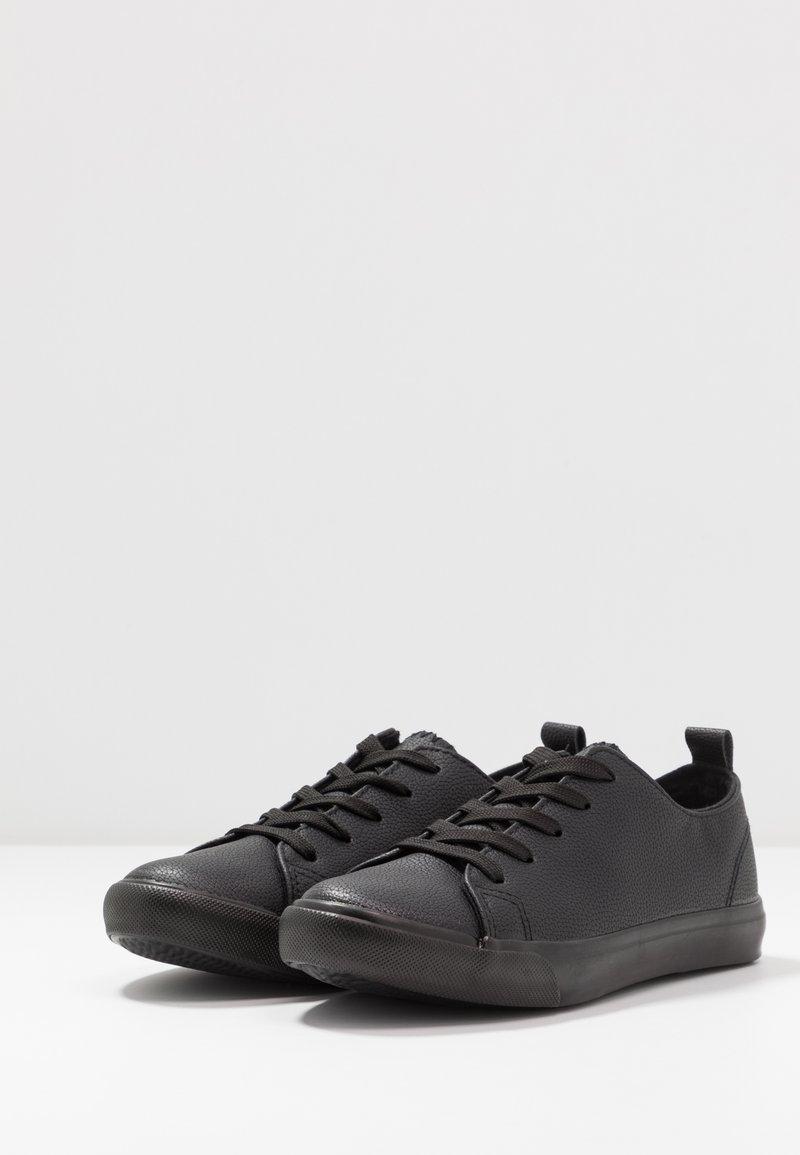 MOGUEL   Sneaker low   black
