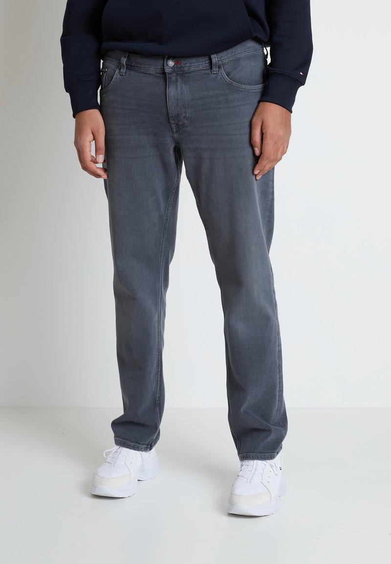 Tommy Hilfiger - B&T MADISON STR AMES  - Straight leg jeans - grey denim