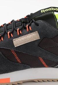 Reebok Classic - RIPPLE TRAIL - Sneakers - dark grey - 5