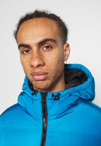 Champion - ROCHESTER OUTDOOR HOODED JACKET - Giacca invernale - dark blue - 3