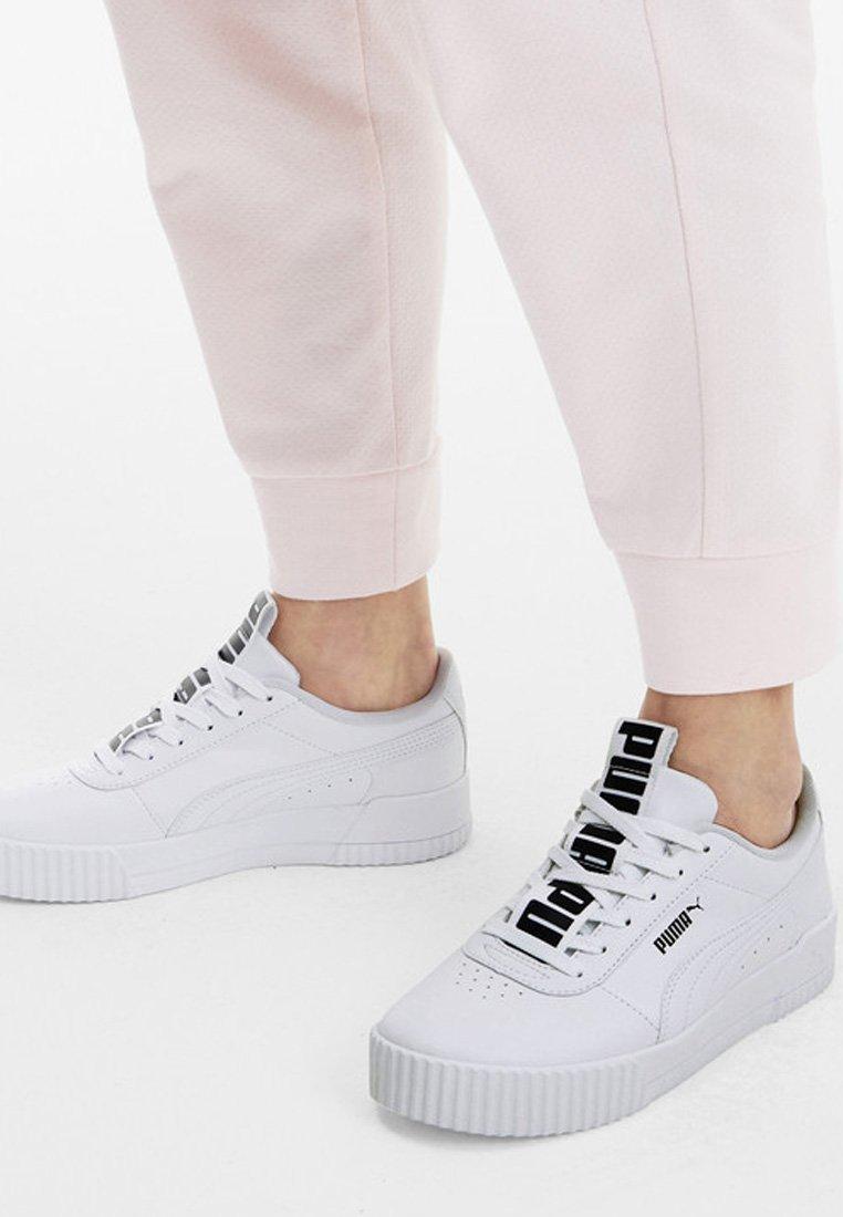 PUMA CARINA BOLD TRAINERS FEMALE - Sports shoes - puma white-puma white
