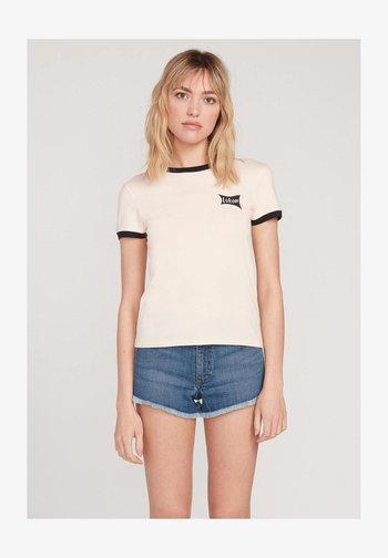 GO FASTER RINGER - Print T-shirt - light_peach