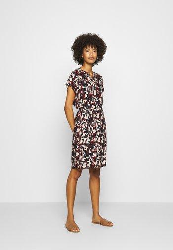 KALIMA  - Day dress - brick