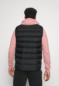 Arc'teryx - PIEDMONT VEST MEN'S - Waistcoat - black - 2