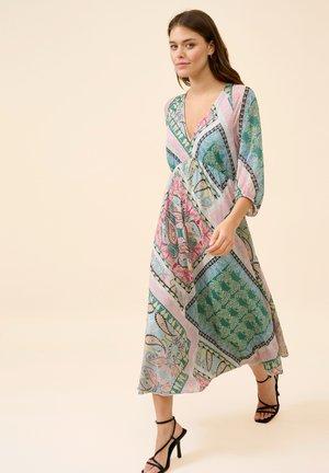 Day dress - puderrosa