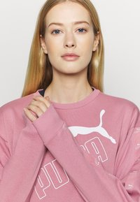 Puma - AMPLIFIED CREW - Sweatshirt - foxglove - 3