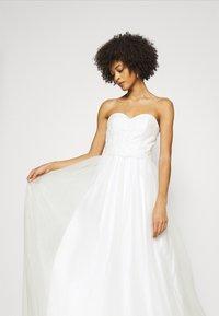 Luxuar Fashion - Společenské šaty - ivory - 4
