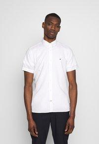 Tommy Hilfiger - SLIM SHIRT  - Shirt - white - 0