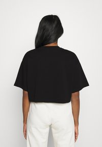 Gina Tricot - CLAIRE CROPPED TEE - Basic T-shirt - black - 2