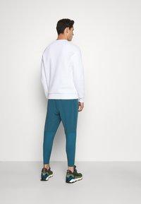 Peak Performance - ORIGINAL CREW - Sweatshirt - white - 2