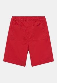 GAP - BOY EASY - Shorts - pure red - 1