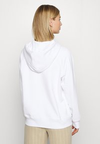 Levi's® - GRAPHIC SPORT HOODIE - Sweat à capuche - white - 2