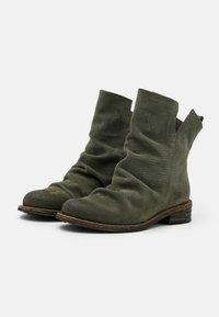 Felmini - GREDO - Classic ankle boots - marvin birch - 2