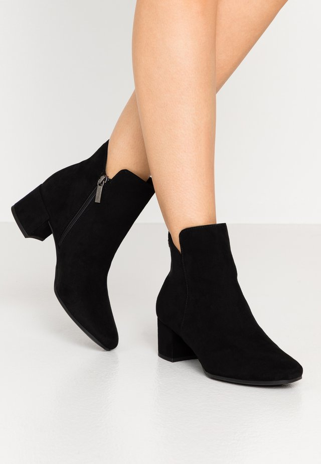 WOMS - Ankle boot - black