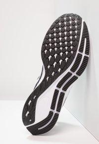 Nike Performance - AIR ZOOM PEGASUS 35 - Chaussures de running neutres - black/white/gunsmoke/oil grey - 4
