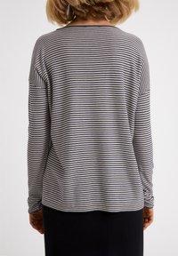 ARMEDANGELS - LADAA  - Sweatshirt - black, white - 2