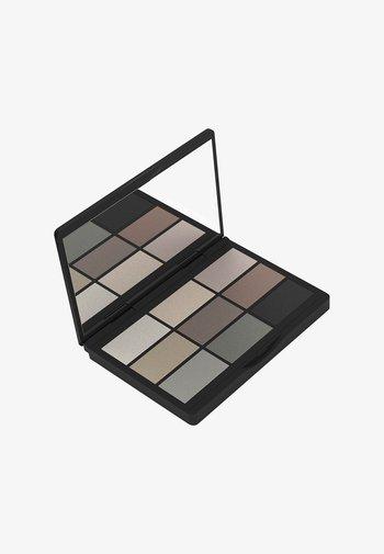 9 SHADES  - Eyeshadow palette - 004 to be cool in copenhagen