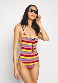 Seafolly - BAJA STRIPE V NECK MAILLOT - Swimsuit - saffron - 1