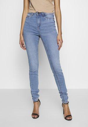 NMCALLIE  - Jeansy Skinny Fit - light blue denim