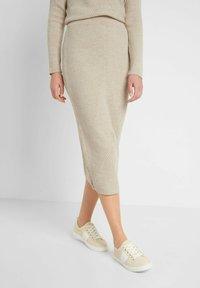 ORSAY - Pencil skirt - zementgrau - 0