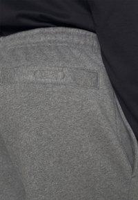 Lacoste - Verryttelyhousut - pitch chine - 7