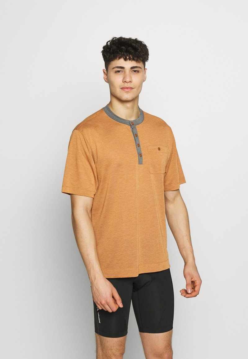 Patagonia - CAP COOL TRAIL BIKE HENLEY - T-shirt print - wood brown
