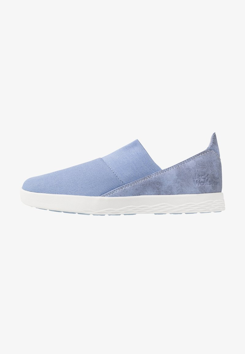 Jack Wolfskin - AUCKLAND - Trainers - light blue/white