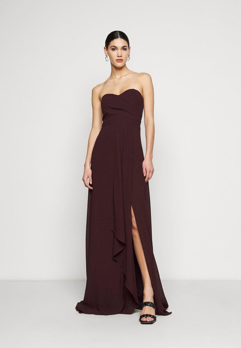 TFNC Tall - IDINA MAXI - Vestido de fiesta - dark plum