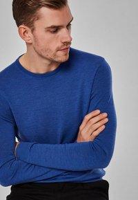 Selected Homme - Jumper - medium blue melange - 4