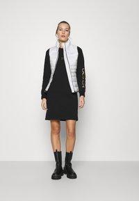 Calvin Klein - Waistcoat - offwhite - 1