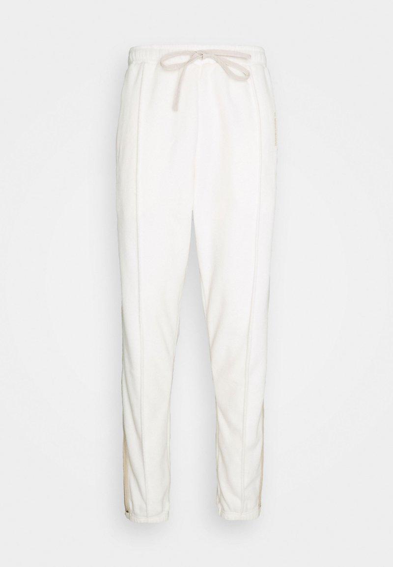 WRSTBHVR - SCOT PANTS UNISEX - Kalhoty - off white